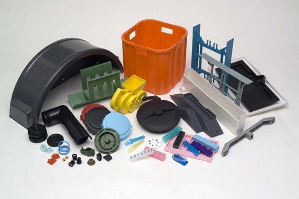 A Compilation of the Best Reasons to Work with Plastic over Metal