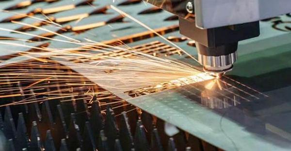 laser-cutting-sheet-metal